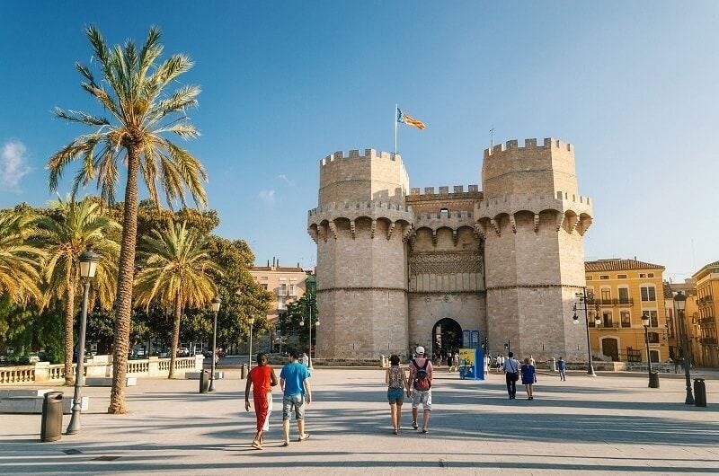 torres serrano el carmen valencia - Why buy a property in Valencia
