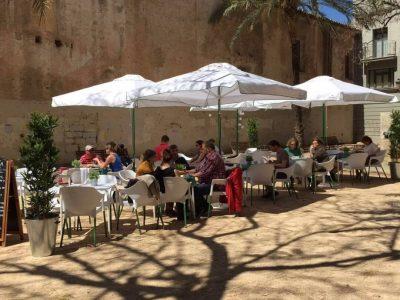 La Pitusa restaurant and terrace in Valencia